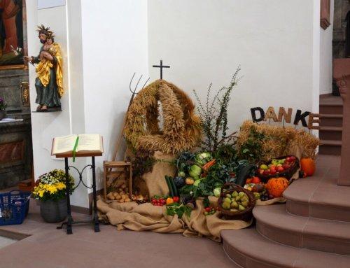 Feier zum Erntedank-Sonntag in St. Josef